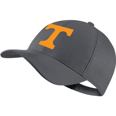 Tennessee Nike Golf AeroBill Performance Adjustable Hat