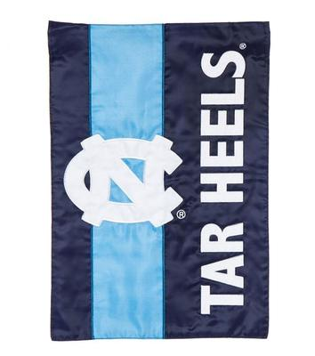 UNC Striped Garden Flag