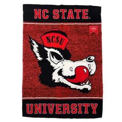 NC State Vault Vertical Flag (28