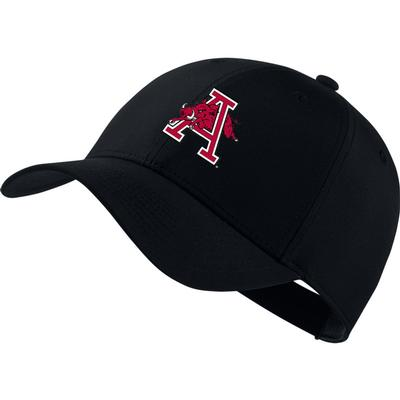Arkansas Nike Golf Dri-Fit Leaping Hog Tech Cap