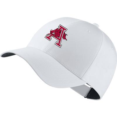 Arkansas Nike Golf Dri-Fit Leaping Hog Tech Cap