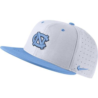 UNC Nike Aero Baseball Fitted Cap