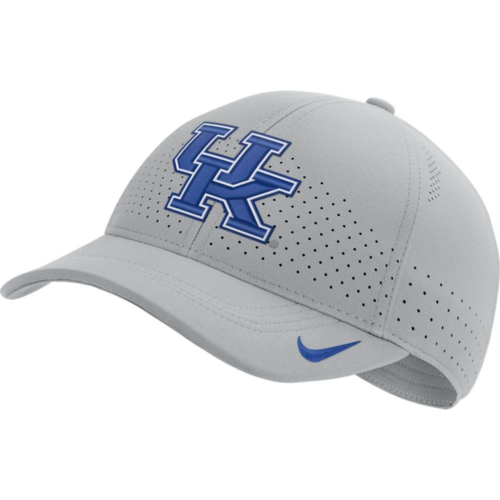 Kentucky Nike Aero C99 Sideline Swoosh Flex Hat