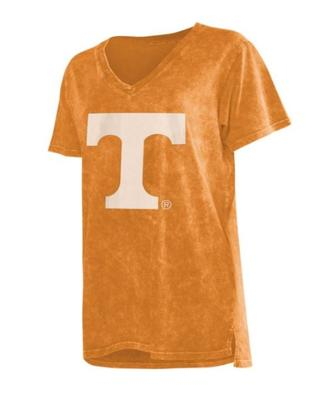 Tennessee Chicka-D Mineral Wash V-Neck Tee