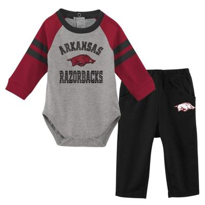 Arkansas Newborn L/S Creeper and Pant Set