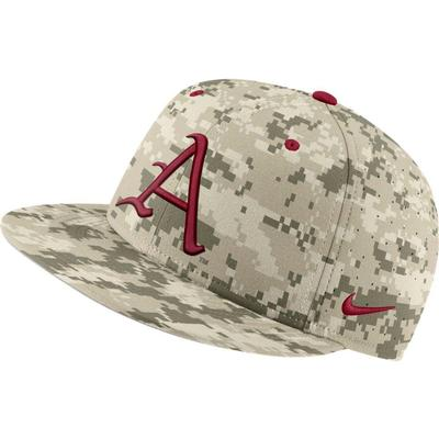 Arkansas Nike Aerobill Camo Baseball Fitted Hat