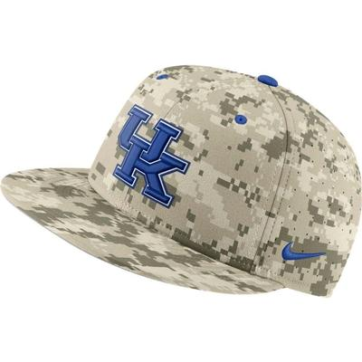 Kentucky Nike Aerobill Camo Baseball Fitted Hat