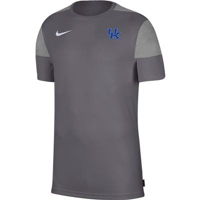 Kentucky Nike Men's Coach UV Short Sleeve Top