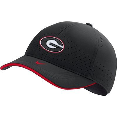 Georgia Nike Men's Sideline Aero C99 Swooshflex Hat