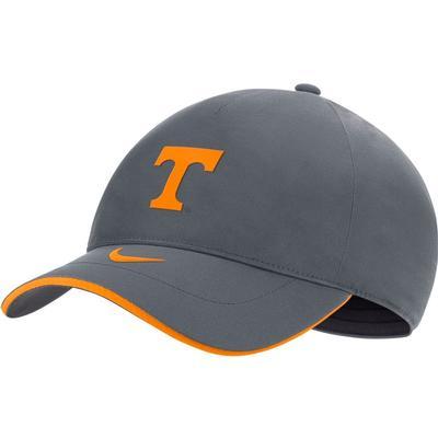 Tennessee Nike Men's Sideline Shield L91 Adjustable Hat
