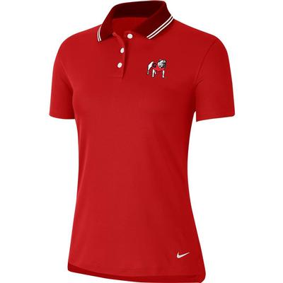 Georgia Nike Golf Vintage Women's Victory Solid Standing Bulldog Polo UNIV_RED
