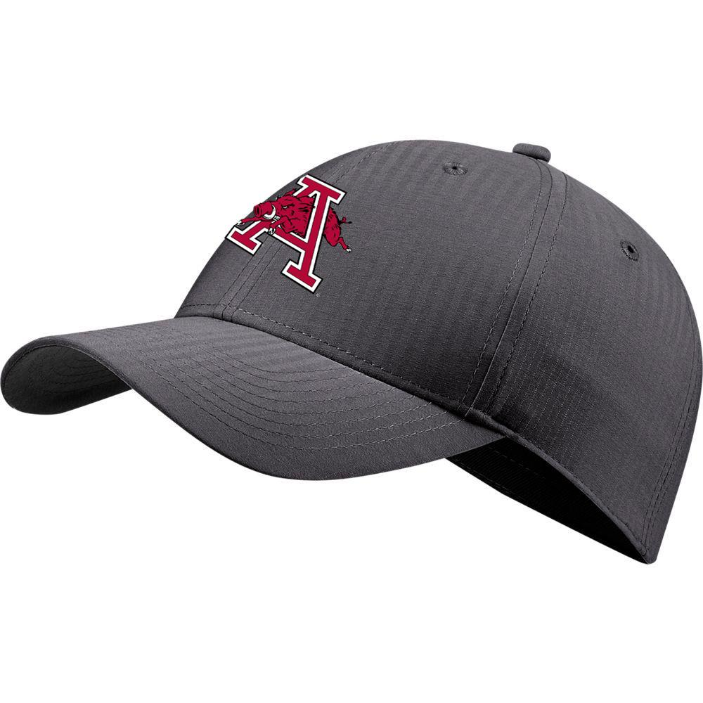 Arkansas Nike Golf Men's Vault L91 Hog A Tech Adjustable Hat