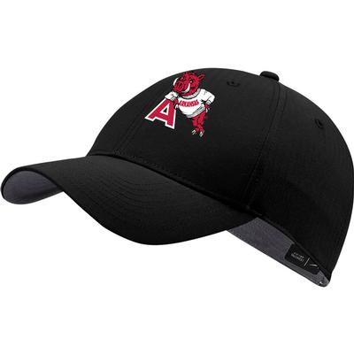 Arkansas Nike Golf Men's Vault L91 Leaning Hog Tech Adjustable Hat