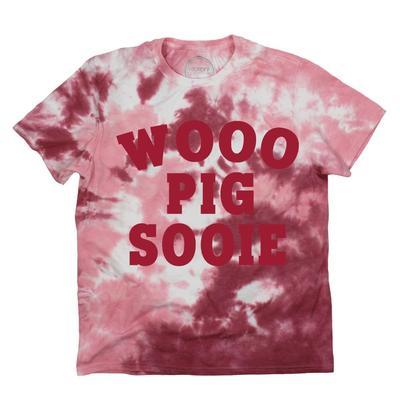 Arkansas Kickoff Couture Women's Wooo Pig Sooie Tie Dye Short Sleeve Tee