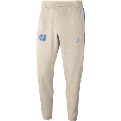 UNC Men's Jordan Brand Spotlight Dri-Fit Sweatpants