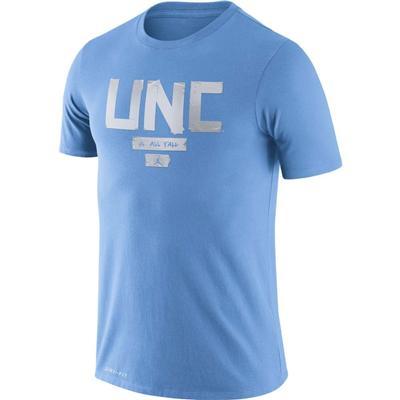 UNC Nike Men's Dri-Fit Verb Basketball Tee