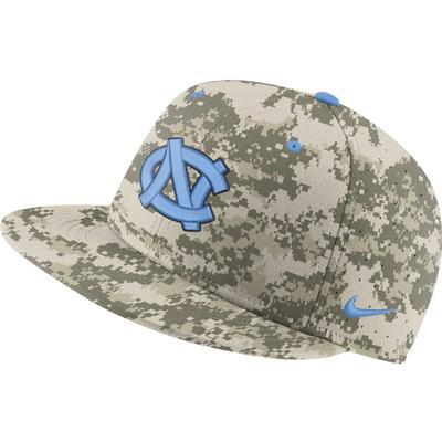 UNC Nike Aero True Fitted Baseball Hat