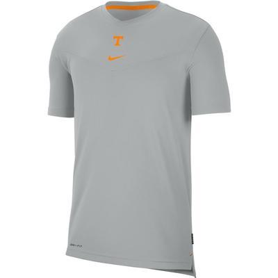 Tennessee Men's Nike Coach UV Short Sleeve Top
