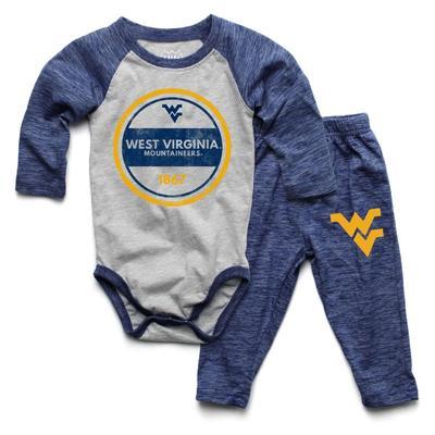 West Virginia Infant Cloudy Yarn Long Sleeve Onesie Set