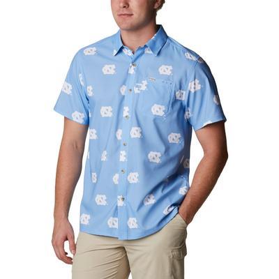 UNC Columbia Men's Super Slack Tide Printed Shirt