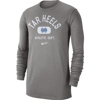 UNC Nike Men's Textured Arch Long Sleeve Tee